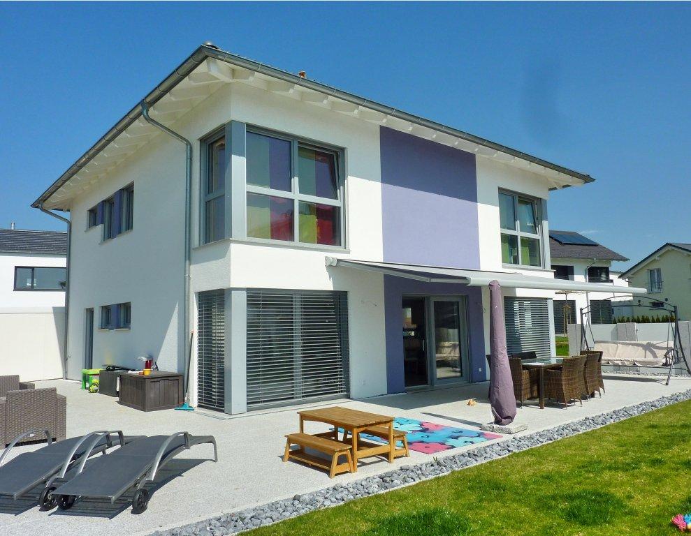 top modern top ausgestattetes und fast neues einfamilienhaus ein haus wie aus dem. Black Bedroom Furniture Sets. Home Design Ideas