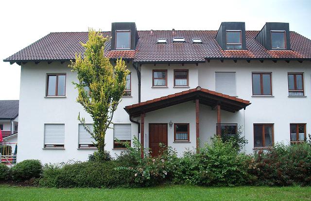 erdgeschosswohnung mit terrasse h user immobilien bau. Black Bedroom Furniture Sets. Home Design Ideas