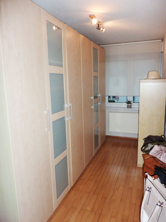 eine richtig sch ne 4 zimmer wohnung mit balkon in der weingartner unterstadt wohnungen. Black Bedroom Furniture Sets. Home Design Ideas