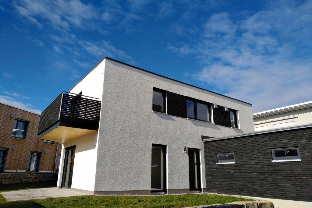 Mit Eigenem Garten 3 Zi Eg Wohnung Im 2 Fam Haus Neubau Wohnung